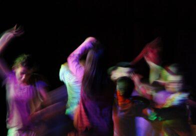 """""""Insegno teatro, un potente strumento per formare e liberare i giovani ( e non solo)"""""""
