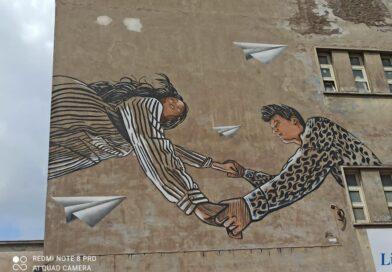 Un murale per la parità, il liceo Manara chiude l'anno scolastico all'insegna di arte e impegno